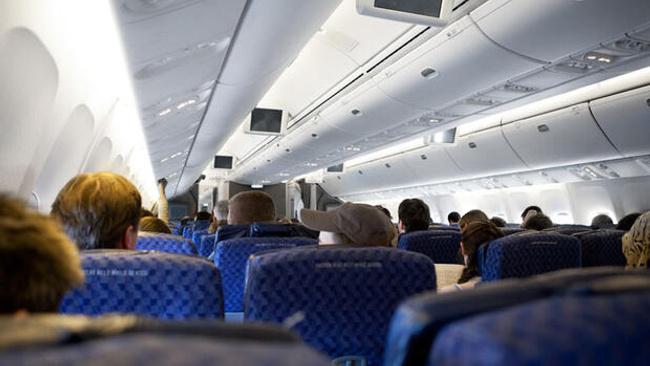 İstanbul havalimanlarından 27 milyon yolcu seyahat etti