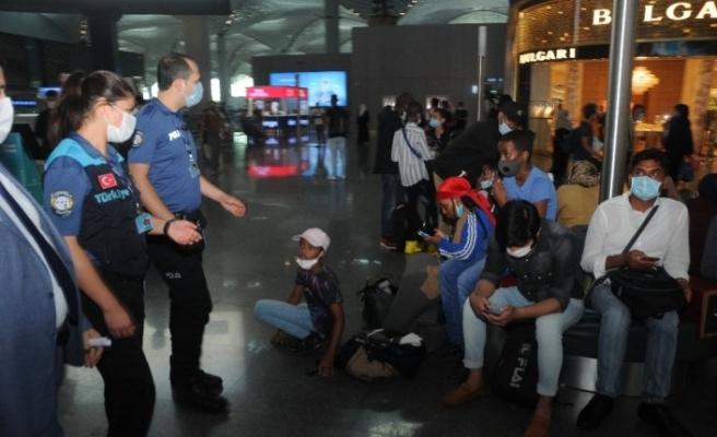 İstanbul Havalimanı'nda korona virüs denetimleri sürüyor
