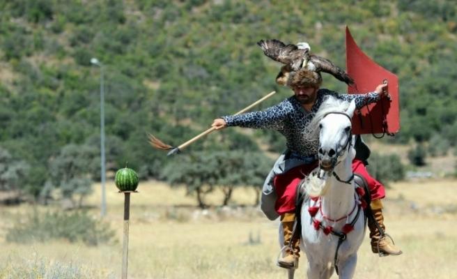 Malkoçoğlu filmlerinden etkilendi Ata sporuna merak saldı