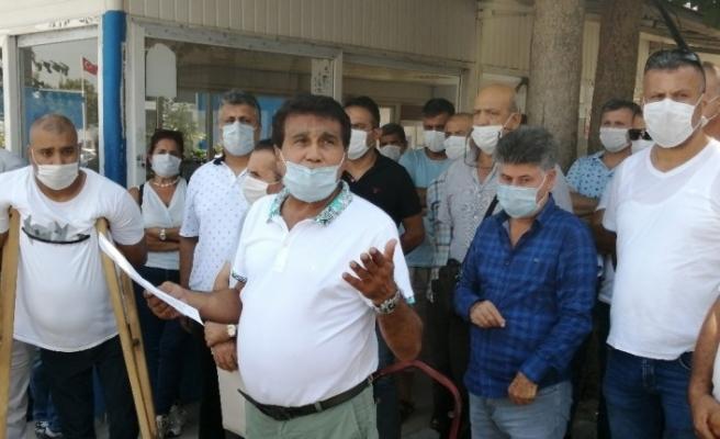 Mersin Büyükşehir Belediyesi'nde işçiler grev kararı aldı
