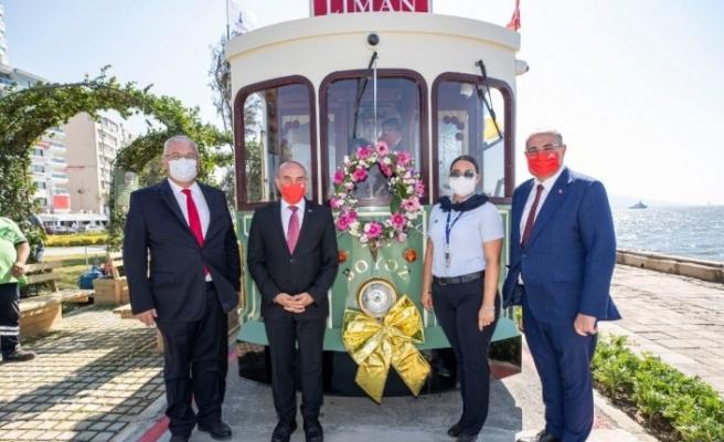 Nostaljik tramvay İzmir'in 98'inci kurtuluş gününde seferlerine başladı