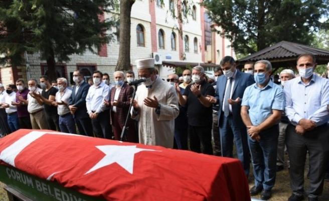 Öğrencisini kurtarmak isterken boğulan imam son yolculuğuna uğurlandı