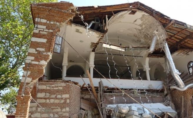 Özlüce Kilisesi bakımsızlıktan yıkıldı