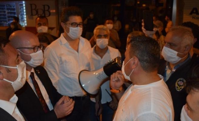 Polisten fener alayına pandemi ayarı