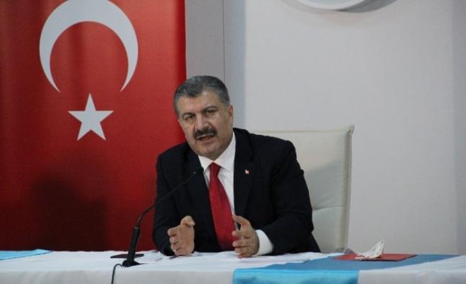 """Sağlık Bakanı Fahrettin Koca: """"İzmir'de son ayda yüzde 42 vaka artışı var"""""""