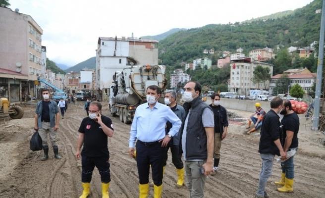 Sivas'tan Giresun'a yardım eli, ekipleri bizzat vali koordine etti