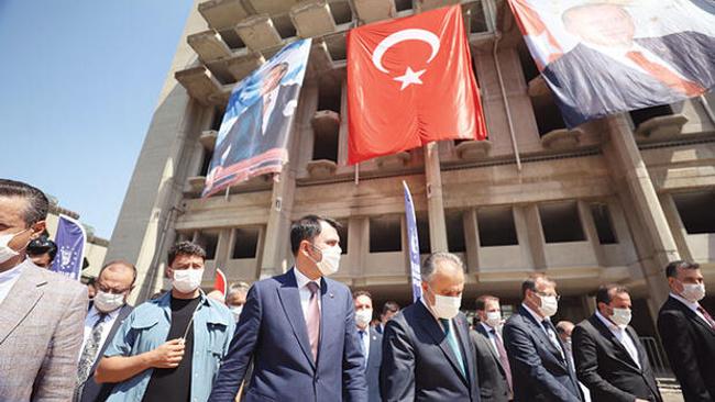Üç alanda eşzamanlı yıkımla kentsel dönüşüm için düğmeye basıldı: Bursa'da dönüşüm harekâtı başladı