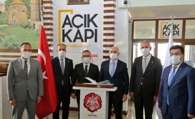 Ulaştırma ve Altyapı Bakanı Karaismailoğlu Niğde'de