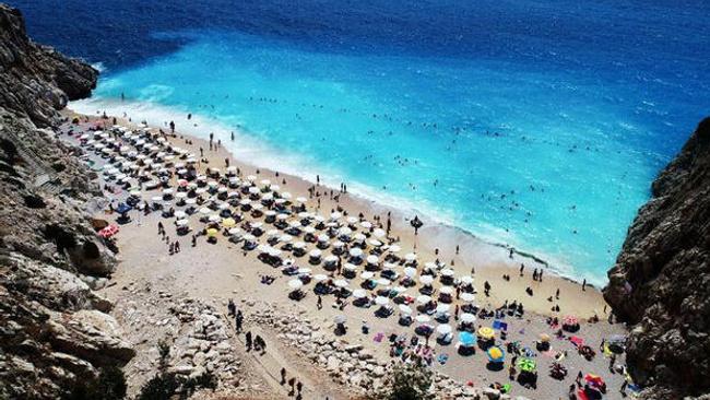 Antalya'ya 1 ayda 1 milyon turist bekleniyor
