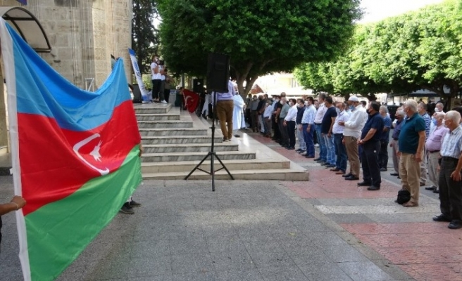 Azerbaycan'da hayatını kaybedenler için gıyabi cenaze namazı kılındı