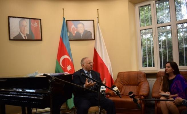 """Azerbaycan'ın Varşova Büyükelçisi: """"Türkiye'nin desteği olumlu, Macron yalan söylüyor"""""""