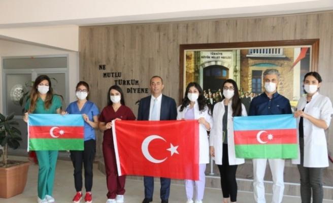 """Azerbaycanlı doktorlar: """"Karabağ bizimdir, biz topraklarımızı geri alacağız"""""""