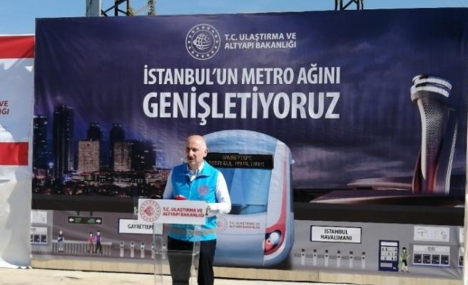 """Bakan Karaismailoğlu: """"Kağıthane-İstanbul Havalimanı metro hattının Nisan 2021'de açılacak"""""""