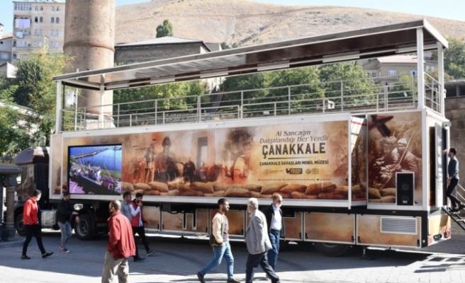 Çanakkale Muharebeleri Mobil Müzesi Bitlislilerle buluştu