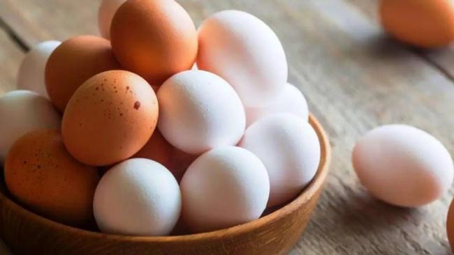 Ekmekten sonra yumurta da askıya çıktı!