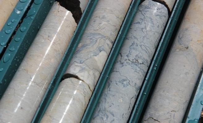 Erzurum'da 20 milyon Bej ve 5 milyon metreküp mavi mermer rezervi bulundu