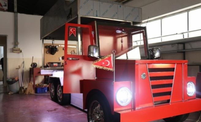 Izgara tezgahını 'Selvi Boylum Al Yazmalım' filmindeki kamyona benzettiler
