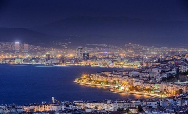 "İzmir ""en sevilen kent"" olma yolunda"