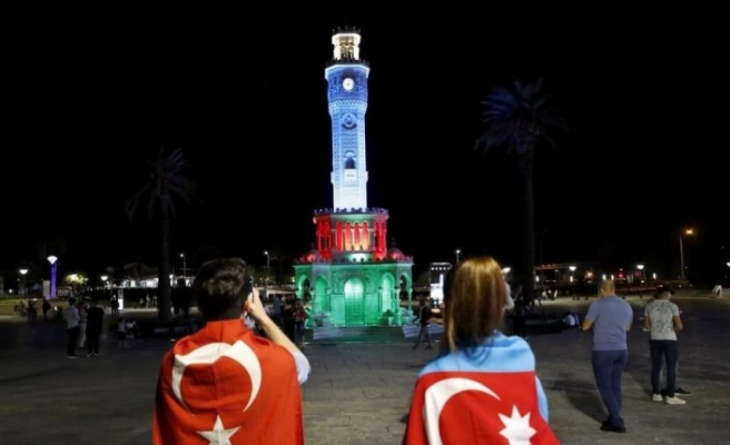 İzmir'den Azerbaycan'a destek