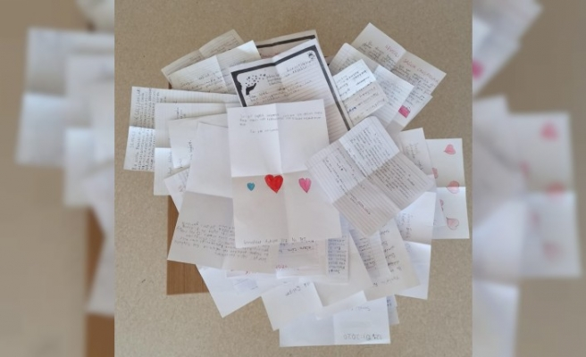 Miniklerden sağlık çalışanlarına teşekkür mektubu