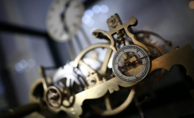 (Özel) Asırlık saate koruma