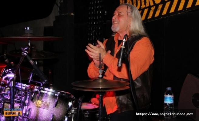 Rock Müziğin Acı Kaybı! Sefa Ulaştır Hayatını Kaybetti