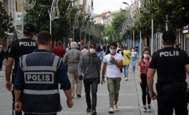 Sakarya'da maske takmama cezası artırıldı