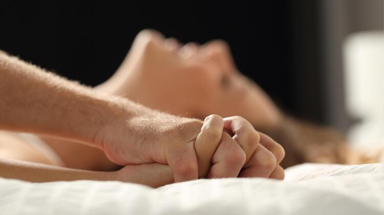 Düzenli Seks Hayatı Olanların Kazandığı 8 Alışkanlık