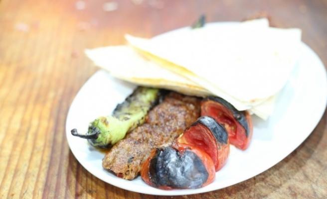 Tarsus Fındık Lahmacunu ve Kebabı tescillendi