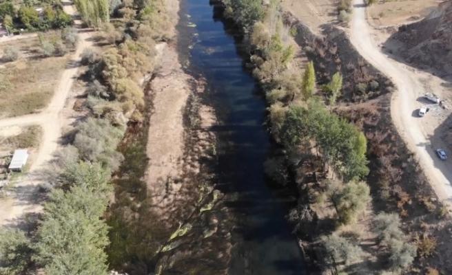 Türkiye'nin en uzun nehri Kızılırmak'ta kuraklık tehlikesi