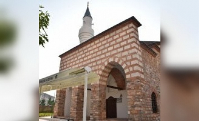 600 yıllık Kefensüzen Camii Mevlid Kandili'nde ibadete açıldı