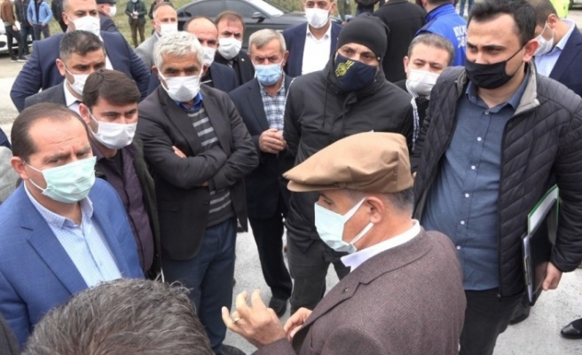Atakum Belediyesi'nin 'Halk Yem Evi' açılışına haciz şoku