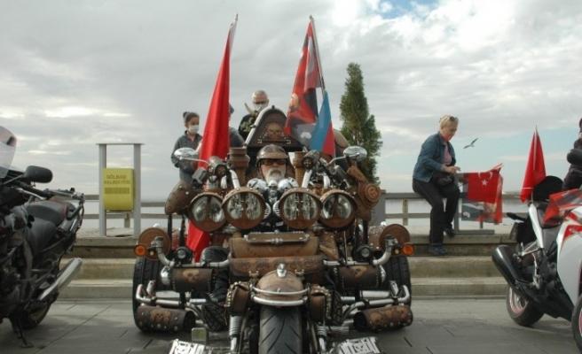 Başkentli motorculardan 29 Ekim coşkusu