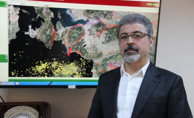 """Batı Anadolu ve İzmir ölçeğindeki faylar """"tembel fay"""""""