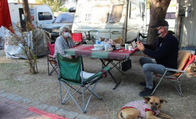 Çadır kentte 65 yaş ve üzeri kısıtlaması