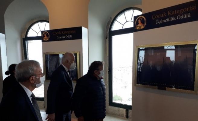 Galata Kulesinde fotoğraf sergisi