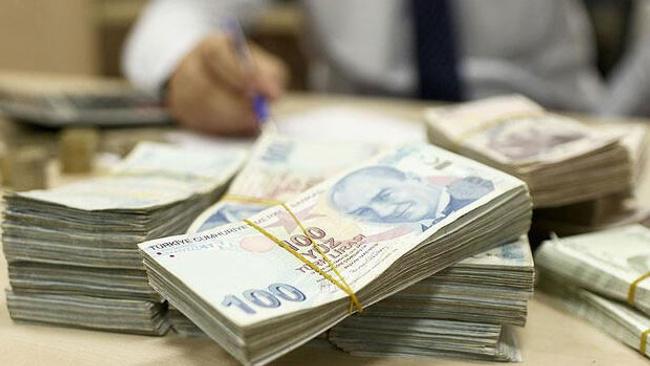 Milyonerler paralarına para katıyor