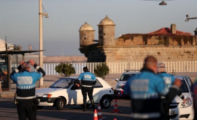 Portekiz'de yarından itibaren gece sokağa çıkma yasağı uygulanacak