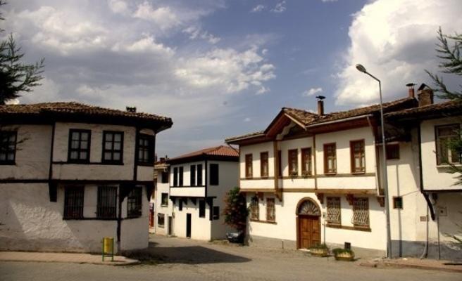 Söğüt'ün ardından Osmaneli'de de 65 yaş üstü vatandaşlara yasak geldi