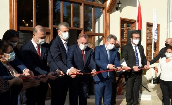 Türkiye'nin ilk ve tek 'tıp ve diş hekimliği müzesi' açıldı