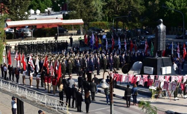 Ulu Önder Atatürk KKTC'de törenlerle anıldı