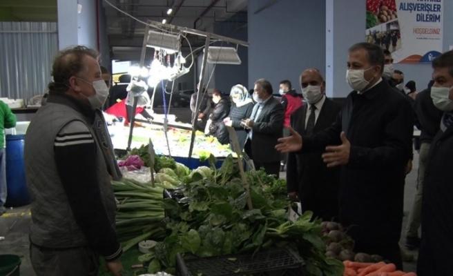 Vali Yerlikaya Esenler'de pazar denetimi yaptı