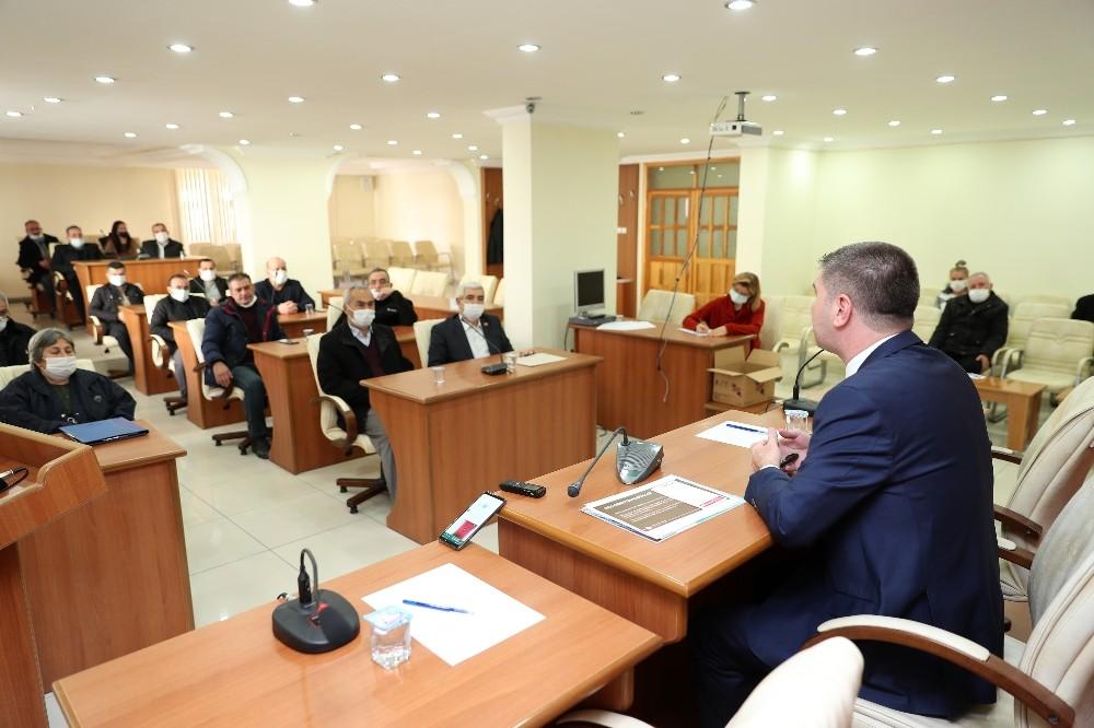 Belediye Başkanı Ercengiz, Muhtarlarla bir araya geldi