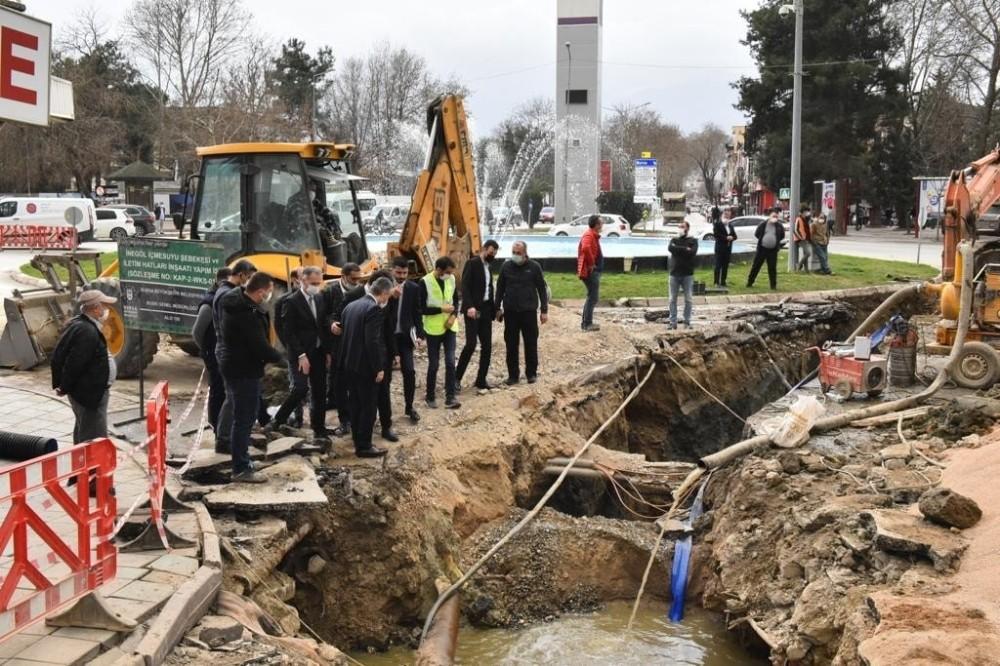Canbolat ve Aktaş İnegöl'de projeleri inceledi