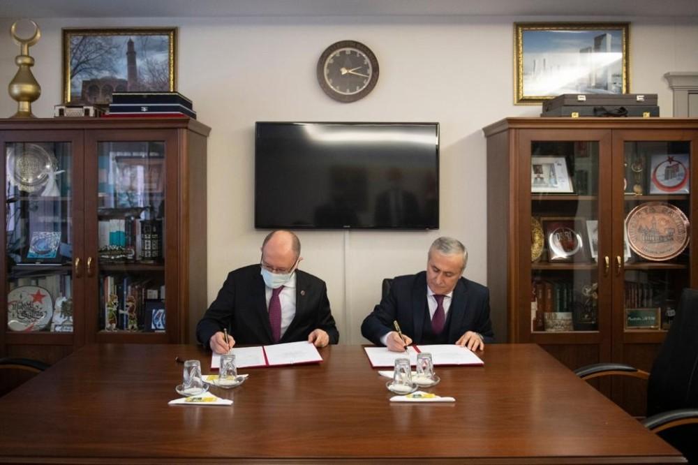 Millî Eğitim Bakanlığı ve Anadolu Üniversitesinden iş birliği protokolü