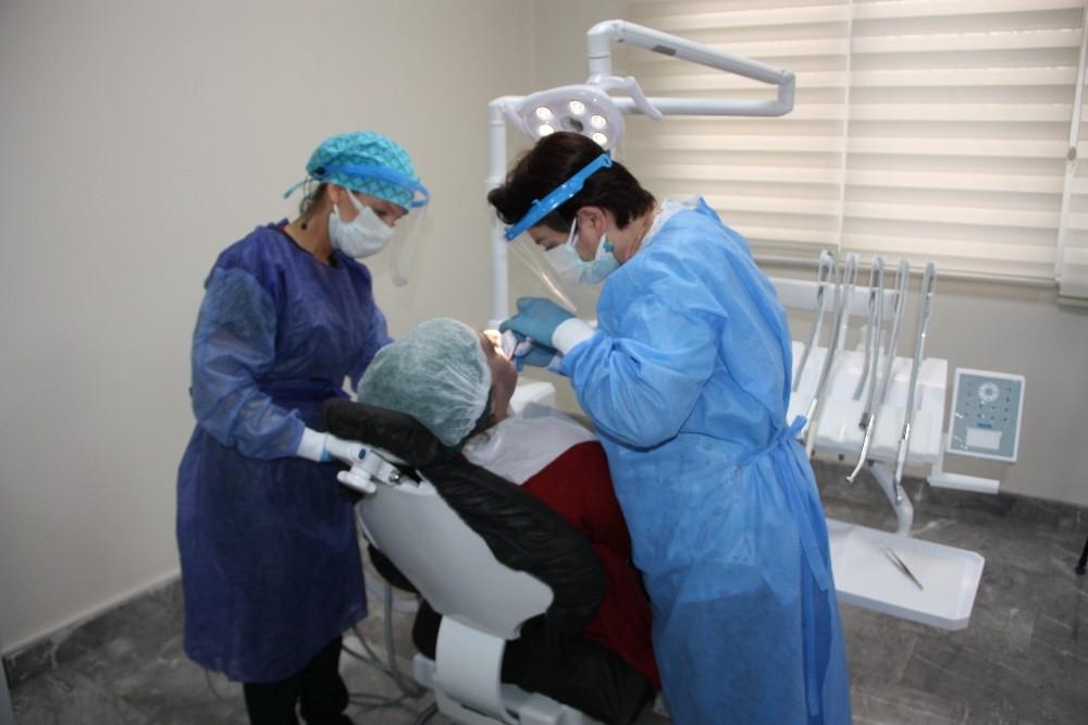 Pandemide ağız ve diş sağlığı unutuldu, uzmanlar uyardı