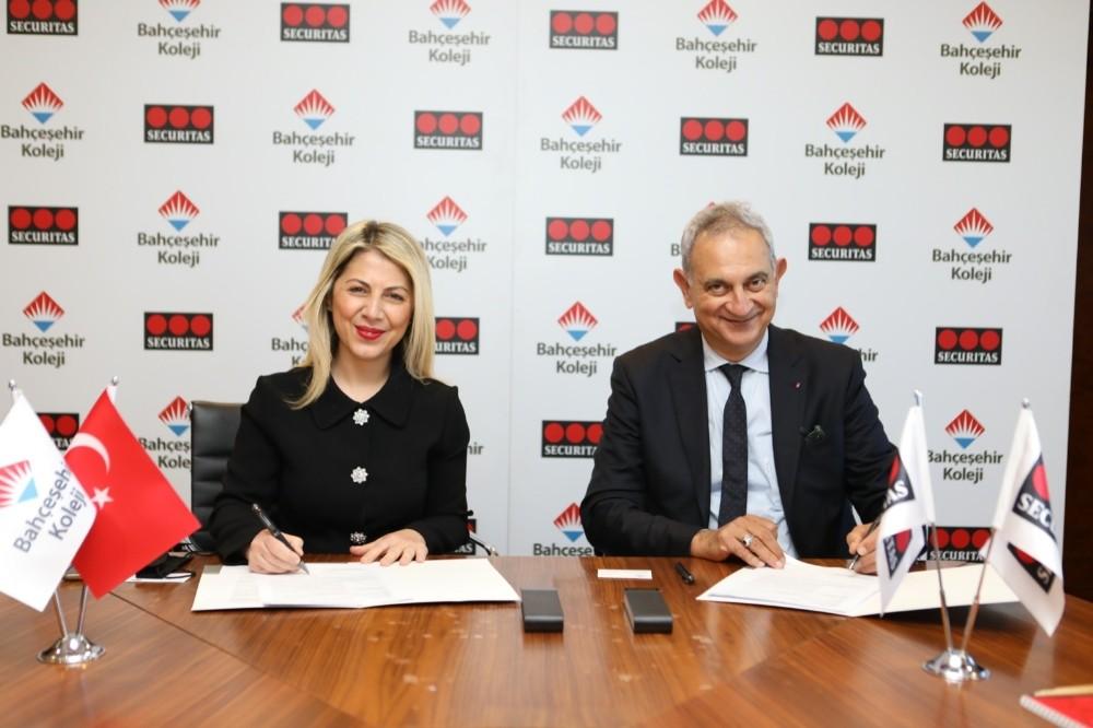 Bahçeşehir Koleji kampüs güvenliğini dijitalleştiriyor