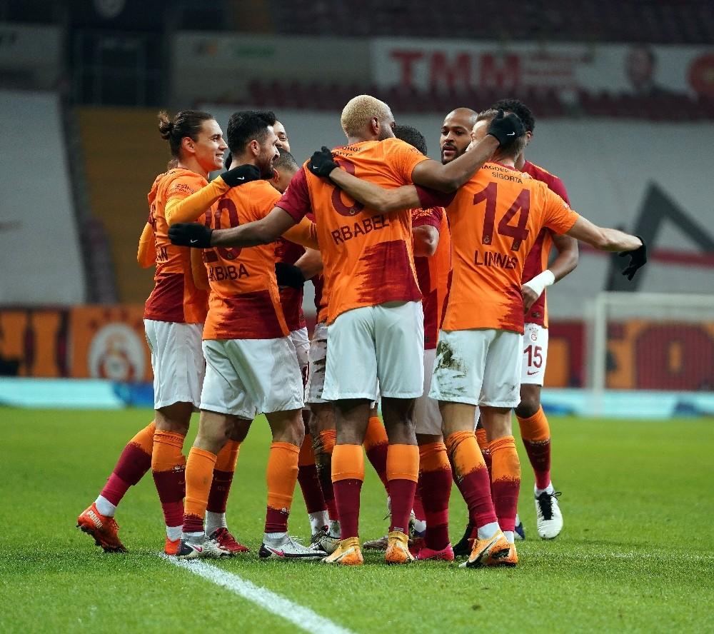 Galatasaray, Medipol Başakşehir'i konuk edecek