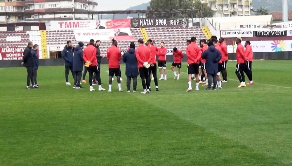 """Ömer Erdoğan: """"Bu tür maçlar oyuncuları fazla motive etmekte gerekmiyor"""""""