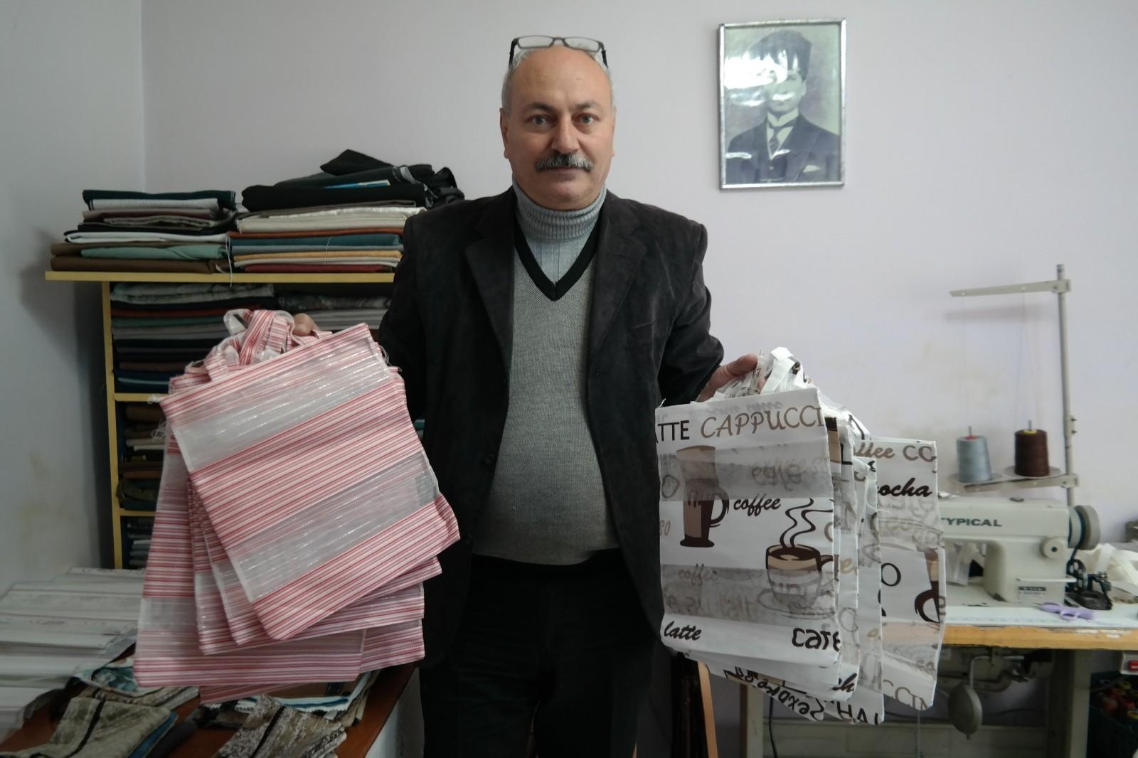 Kurduğu tekstil atölyesi ile engelli vatandaşlara istihdam sağlıyor